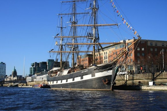 Jeanie Johnston Tall Ship and Famine Story Tours
