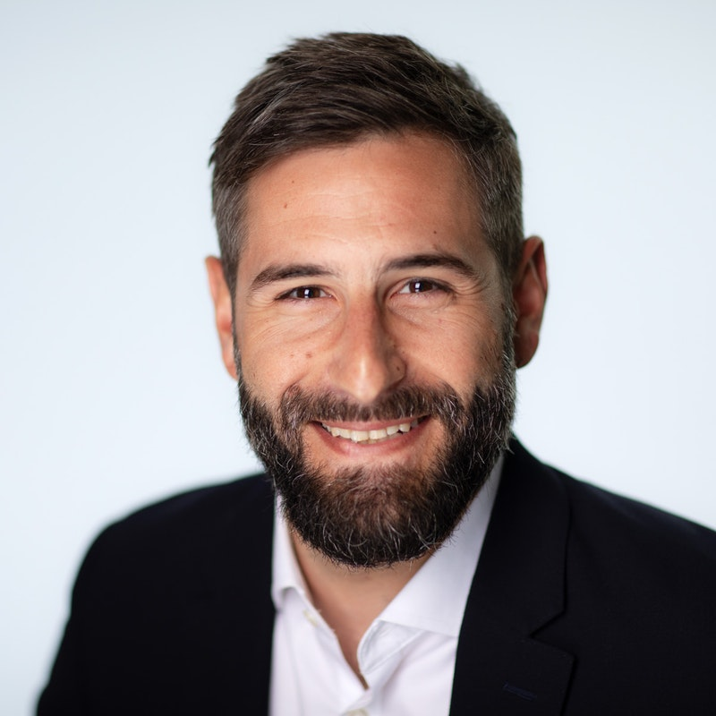 Shaw Gibbs announce the promotion of Nik Ioannidis to Associate Director