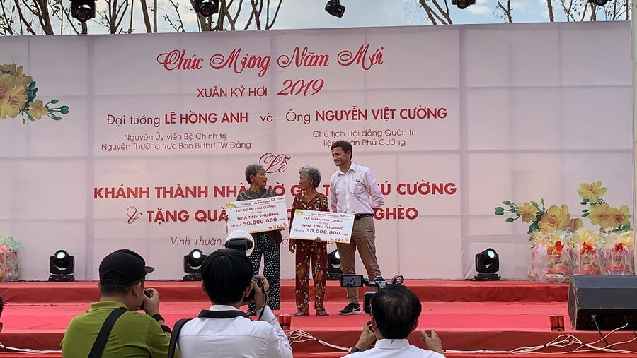 Sponsorship of new homes in the Mekong Delta