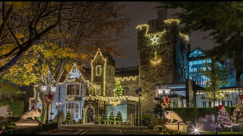 Clontarf Castle Light up for Christmas with CRC!